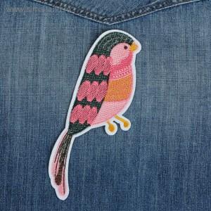 """Термоаппликация """"Птица"""", с пайетками, 19*6см, цвет розовый"""