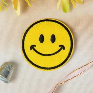 Термоаппликация «Смайлик улыбка», d = 5,2 см, цвет жёлтый